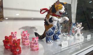 【REPORT】昨年12月にFEWMANYにて開催された絵師・こなつ氏の個展「小夏屋大怪獣展2」の模様を紹介!