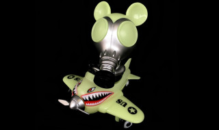 "Ron English x BlackBook Toy Mousemask Murph'y in Airplane ""Night Raid"" edition"