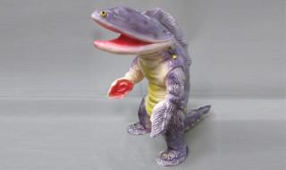 2016年4月2日よりヤモマーク最新作のうなぎ怪獣ヌルヌルンとムカデビルが待望の通販開始!