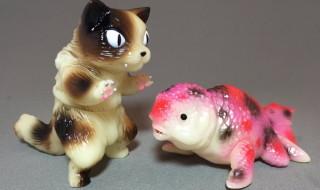 猫怪獣決戦セット ネコロン対キンギョザウルス