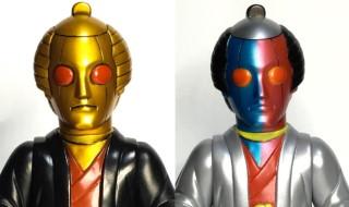 「大江戸ROBOTS 銭形ZENIGATA」の「金 × 黒」と「赤 × 青」