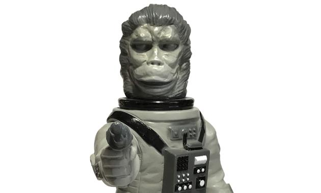 2017年7月30日の「WF2017夏」で山吉屋がブースにて「未来猿人ヤマキチ(SAL9000指人形付)B&Wカラー」を抽選発売!