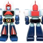 BOOM TOYS × ROBOT HOUSEが[レトロソフビ・ロボットミュージアム]第1弾として「ダンガードA(エース)」をソフビ化!