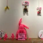 奇妙な作品を創造するアーティスト・GRODY SHOGUNの個展「GRODY SHOGUN: HARAJUKU UP YOUR ASS!」を紹介!