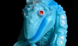 祝!MONSTOCK!!11周年情報第2弾! 2018年3月3日より「『火の神 焔山甲』(エンザンコウ)11周年記念Ver.窯山甲頭付き ブルーグロー」発売開始!