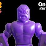 2018年11月30日21時よりショップ・One up.Online StoreにてOne up.限定「消しゴムパープルver.」のファイブスタートイ製「ジャンクマン」を発売開始!