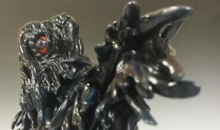 2019年9月1日にショップ・ジャングルL.A.店限定の「Godzilla vs Hedorah: Jungle Vinyl Figure - Hedorah Facing Off Against Godzilla ジャングル限定ヘドラ ソフビフィギュア」発売開始!