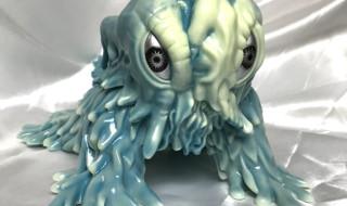 2020年3月 31日より東京・東急ハンズ渋谷店にマルサンソフビの販売コーナー出現! そこで「HEDORAH 450Clawling Marble Finish Silver Star EyesVer.」ほか発売開始!