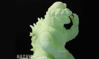 2020年3月18日昼12時よりクリエイティブデザイン羽沢組が最新作「大戦争ゴジラ 未塗装[蓄光版]」の電話予約開始!