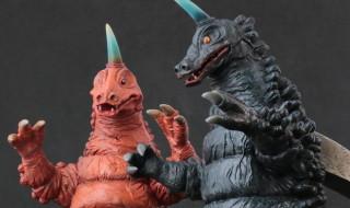 2020年5月12日17時締切でX-PLUSの少年リック限定商品として「大怪獣シリーズ ブラックギラス&レッドギラス」を予約受付中!