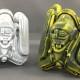 2017年5月27日の「デザインフェスタvol.45」に出展するでアーティスト・Fuji◎氏情報第2弾! 可変ソフビ「ロブソン」初の「フルフェイスVer.」が登場!